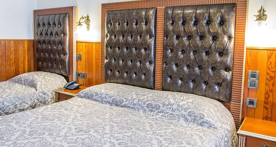 Τρίκλινο δωμάτιο ξενοδοχείο Απόλλων
